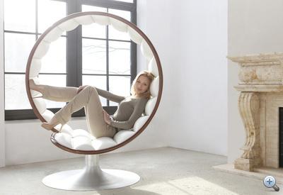 A díjnyertes magyar termék, a Hug Chair. Forrás: TheHugChair.com - kattintson!