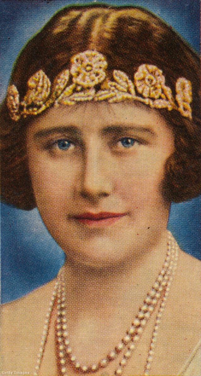 A gemmológus szerint ez a XIX. században készült Rózsa tiara a legesélyesebb, mivel a királyi tiarák közül ez az egyik legelegánsabb, ráadásul most épp divatban is van ez a forma. Az ékszer Bowes-Lyon Erzsébet brit királyné (II. Erzsébet királynő édesanyja) kapta az esküvője napján a szüleitől, majd később lányának adományozta.