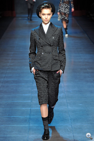 Dolce&Gabbana: a maszkulin                         Forrás: style.com