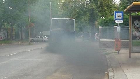 Képtalálat a következÅre: âfustolo buszâ