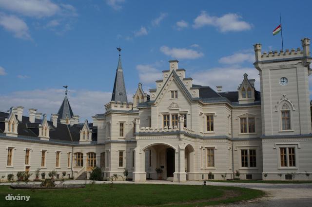 Nádasdy-kastély, Nádasdladány