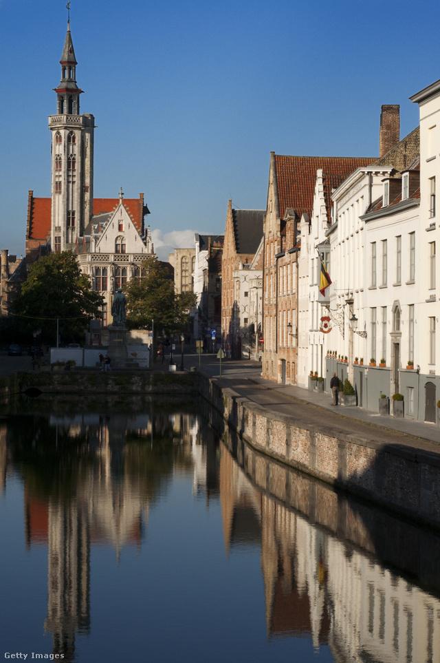 Brugges városközpontja ugyanis a középkor óta alig változott.