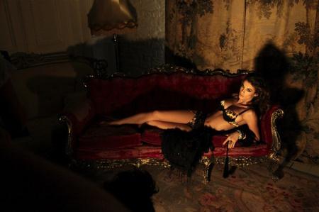 Elisabetta Canalis egy Roberto Cavalli-reklámban