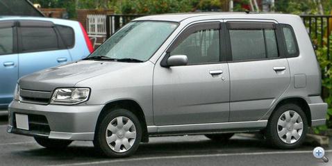 2000 Nissan Cube 01