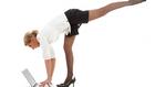 Edzésterv lustáknak: torna fogmosáshoz, vezetéshez