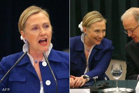 Clintonné a július 1-jei vilniuszi miniszteri konferencián is a fehér hajgumiban jelent meg, így vitatta meg a litvániai csúcstalálkozón a világ demokráciáinak gondjait (Fotó: Petras Malukas)