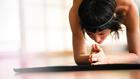 A meztelen jóga jót tesz az önbecsülésnek