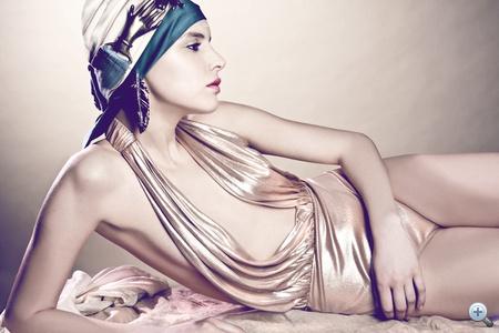 """Bellezza""                         smink:                         Kovalik Natasa                         modell:                         Visage Model Management                         stylist:                         Kiss Heni"
