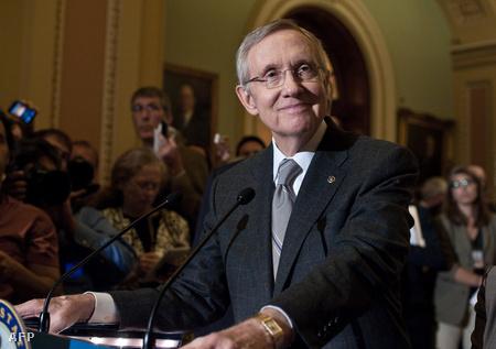 Harry Reid a szenátus demokrata vezetője a szavazás után