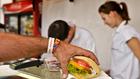 Egyetek jót, ha tudtok –  sületlen húsok, és zsíros palacsinta a Szigeten