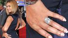 Beyoncé ujján 5 millió dollár ragyog - az elképesztő gyűrűk versenye