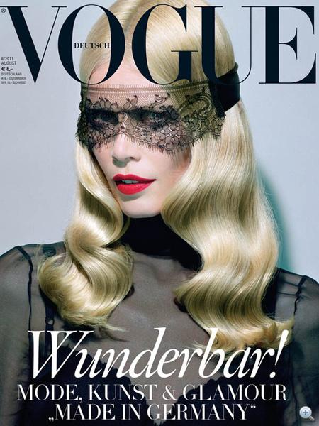 A német Vogue 2011. szeptemberi száma: Claudia Schifferen a maszk: wunderbar!