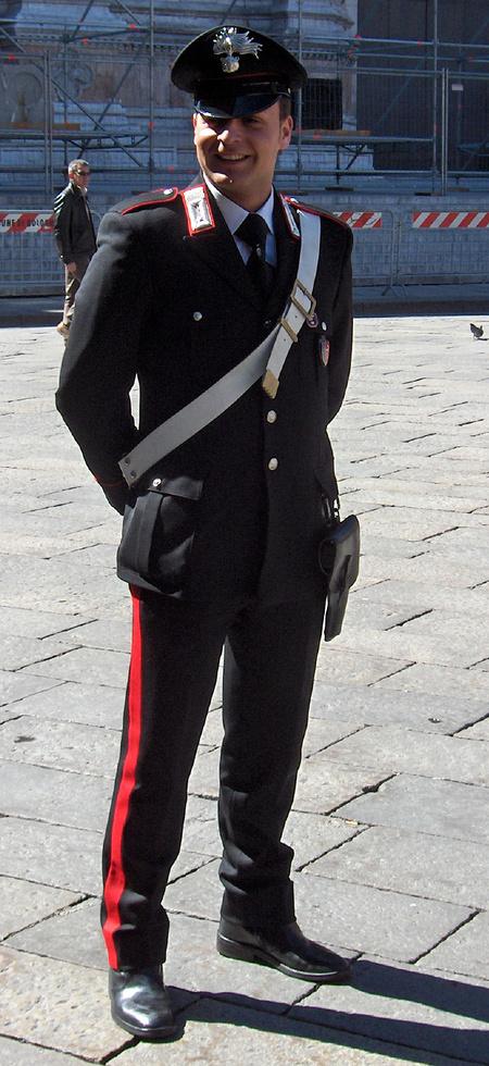 Olasz csendőr Valentinóban