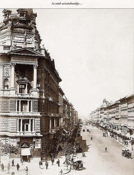 Az Andrássy út 1875 körül