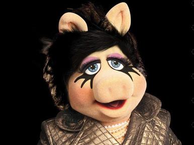 Disznósmink: Miss Röfi a MAC új arca