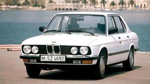 Minősíthetetlen a tetőablakos BMW?