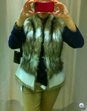 Zara: Szőröstül-bőröstül. Ha leárazzák, jöhet.