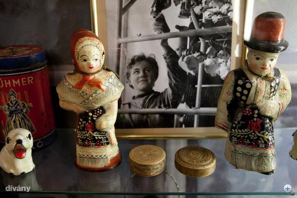 """Iluska és Jancsi, a """"porcelenázott"""" csokoládé figurák"""