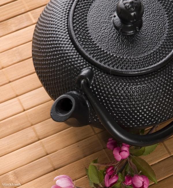 stockfresh 806477 pot-of-tea sizeM