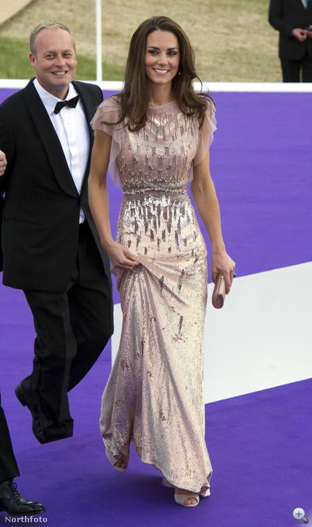 Katalin hercegné flitteres ruháját mindenki megirigyelheti
