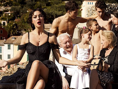 Monica Bellucci olasz mammaként pózol a Dolce & Gabbanának