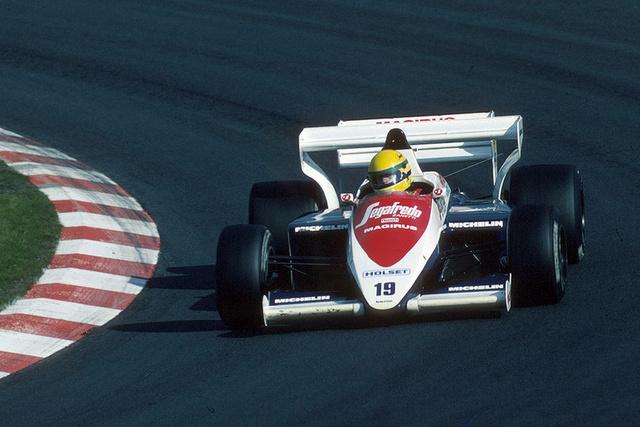 Ayrton Senna, Toleman Hart TG 184 Turbo (1984) Ez volt Senna első éve az F1-ben és sokak szerint csak azért szakították félbe az esős futamot monacóban, hogy ne nyomja le a közönségkedvenc Prostot, amikor a 13. helyről rajtolva lenyomta az egész mezőnyt az esélytelen Tolemannal