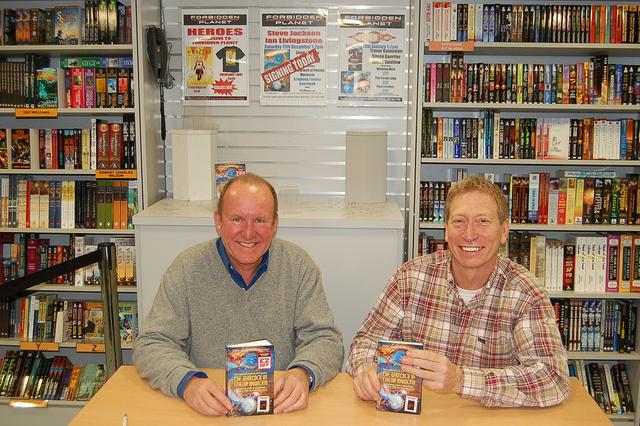 Livingstone és Jackson 2007-ben a Forbidden Planet író-olvasó találkozóján, a London Megastore-ban