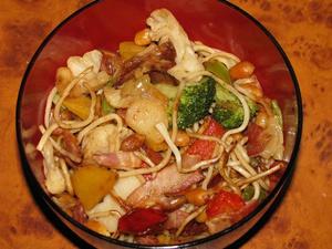 sült ázsiai tészta