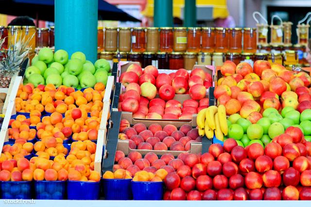 stockfresh 1277102 fresh-fruit sizeM