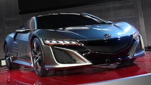 Az NSX visszatért, a CR-V újjászületett