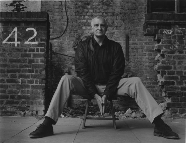"""Douglas Adams legismertebb könyvéből, a Galaxis Útikalauz Stopposoknakból megtudhatjuk, hogy a végső kérdésre, vagyis hogy mi is a helyzet az """"élettel, a világmindenséggel, meg mindennel"""" a válasz nem más, mint 42."""