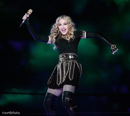 Madonna így küzdött idén februárban azért, hogy az idősebbeket ne mellőzzék