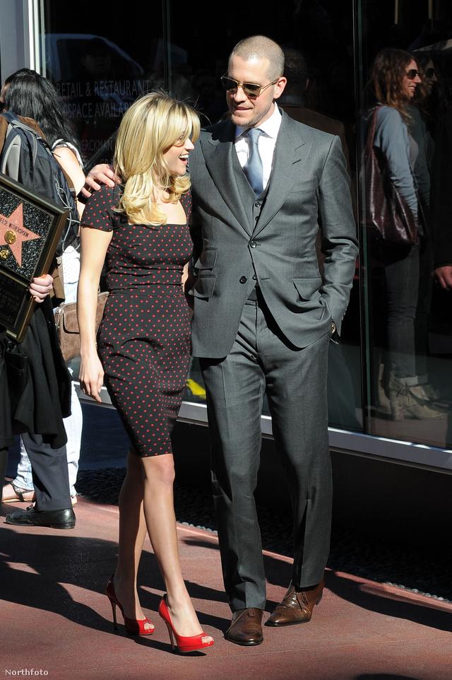 Reese és Witherspoon és hollywoodi ügynök férje