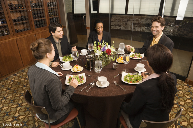 stockfresh 29995 businesspeople-in-restaurant sizeM