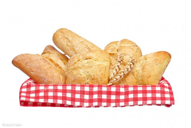 stockfresh 204769 crusty-bread-buns-into-the-basket sizeM