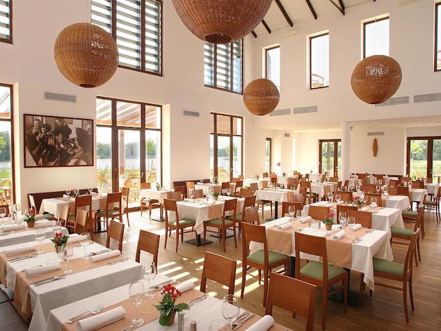 A gyönyörű étterem