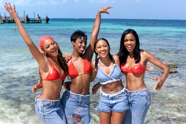 Destiny Child rojtozott farmervariációkban.