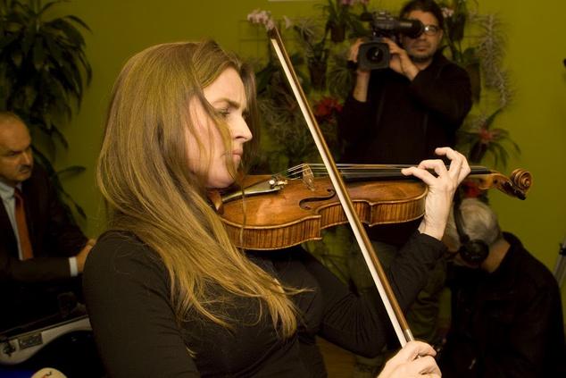 Kokas Katalin öt évre kapta a Stradivari hegedűt