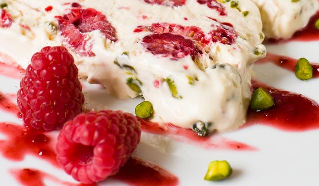 stockfresh 131499 semifreddo-with-raspberry-and-pistachios sizeM