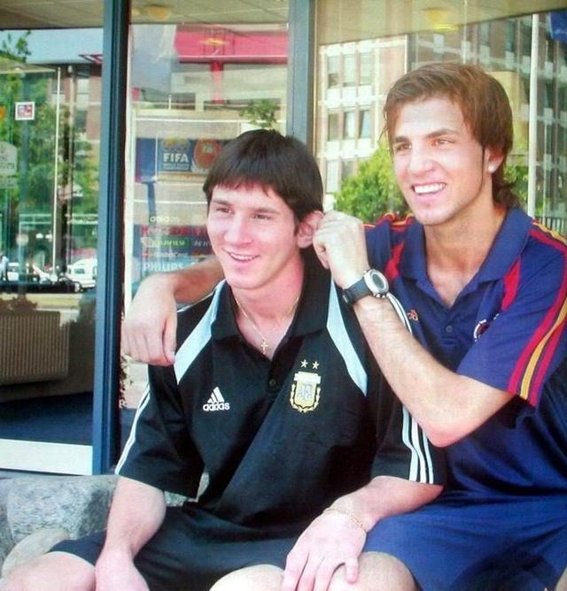 A fiatal Messi és Fabregás