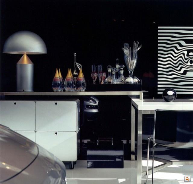 Modern-Live-In-Garage4-640x608