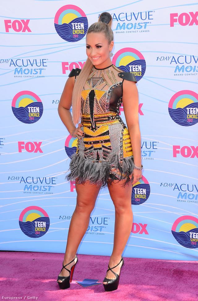 A spanyol, ír, és olasz felmenőkkel büszkélkeedő Demi Lovato