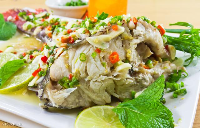stockfresh 1012943 spicy-steamed-fish sizeM