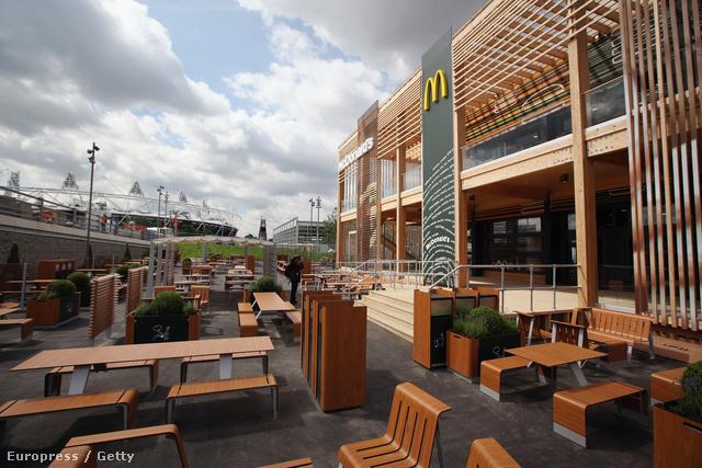 McDonalds a londoni olimpiai faluban