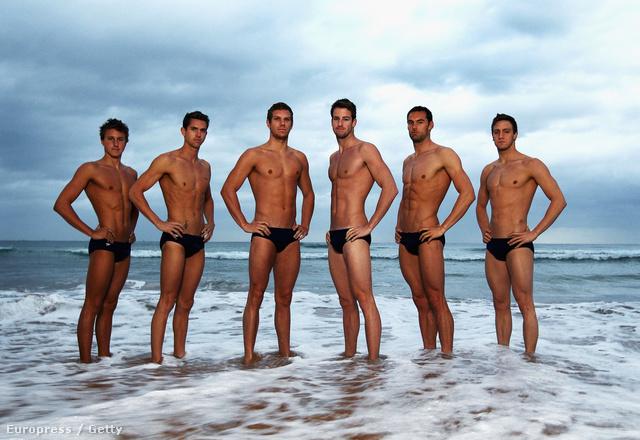 És akkor jöjjenek a hivatalos fotók. Balról jobbra: Cameron McEvoy, Eamon Sullivan, James Roberts (bajusz nélkül), James Magnussen, Matt Targett és Tommaso D'Orsogna, az olimpiára bejutott ausztrál úszók