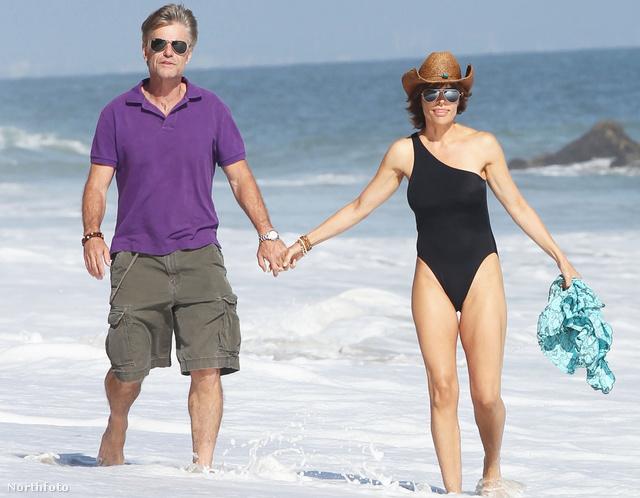 Lisa Rinna és férje Los Angeles egyik strandján