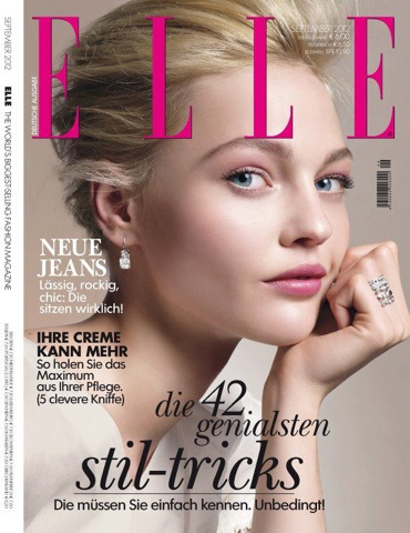 Sasha Pivovarova az Elle szeptemberi címlapján