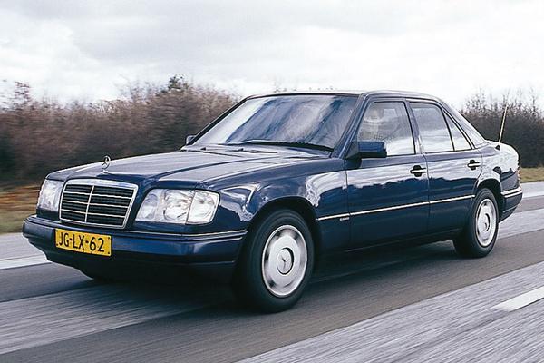 Ki ne szeretne egy ilyen állapotú W124-est?