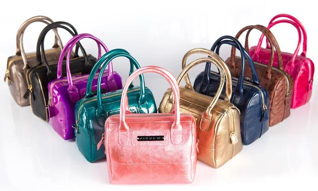 ANNAEVA idén színes, cukorka színű táskákat is dobott piacra.