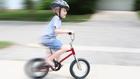 Mitől marad életben a motorozó gyerek?